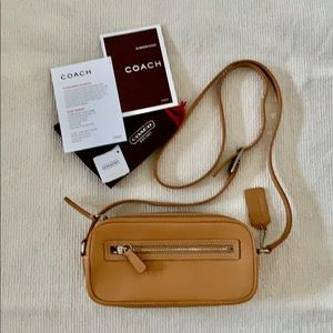 NEW Vintage Coach Leather Camera Bag